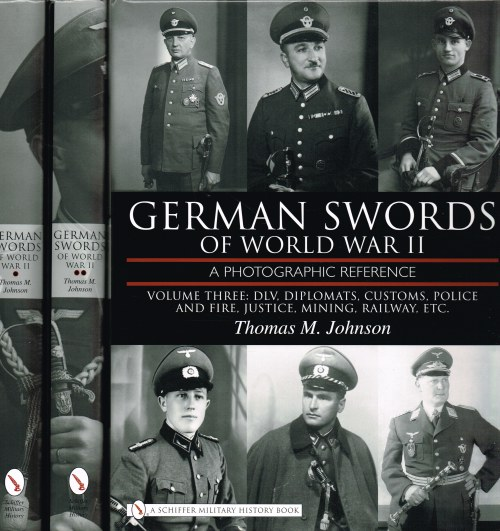 Image for GERMAN SWORDS OF WORLD WAR II : A PHOTOGRAPHIC REFERENCE (3 VOLUME SET)